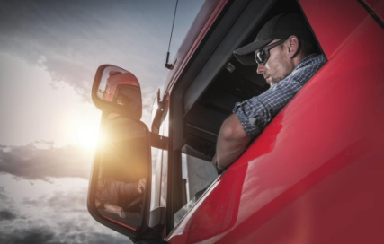 3 Things You Didn't Know About the Trucking Industry | Reliable Permit Solutions